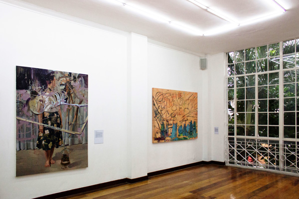 Installation view, artworks by: Winner Jumalon(left) and Jonathan Olazo(right)