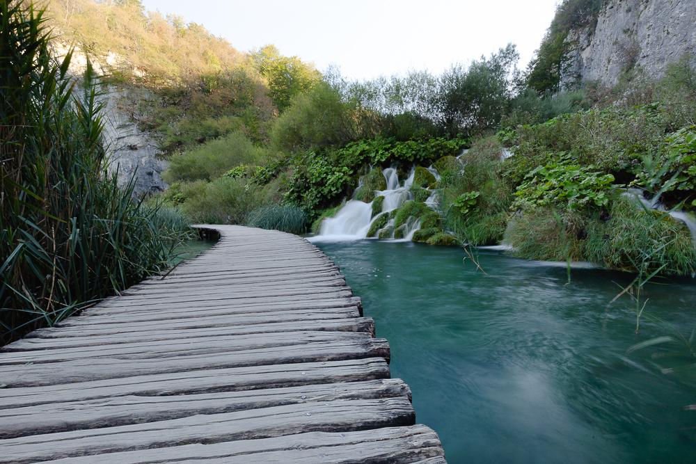 Lower Boardwalk Waterfall: .5 sec @ f/18 ISO 100. 16mm