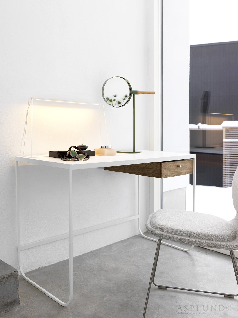 space-TATI-desk-MEMIRROR-table-ASPLUND_HIGH copy.jpg