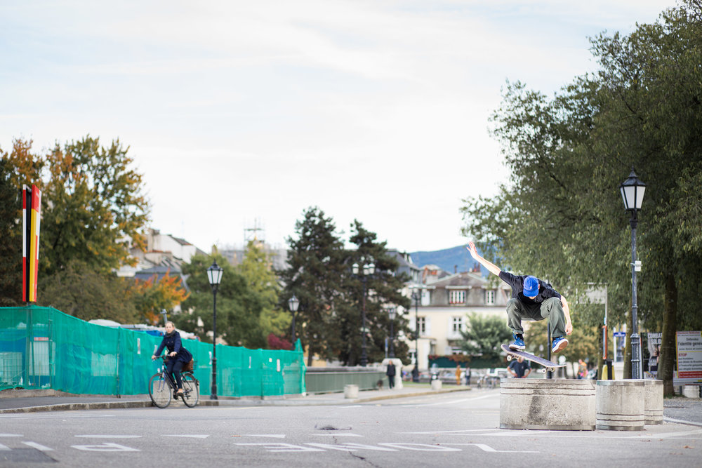 Guillaume Berthet - Frontside flip