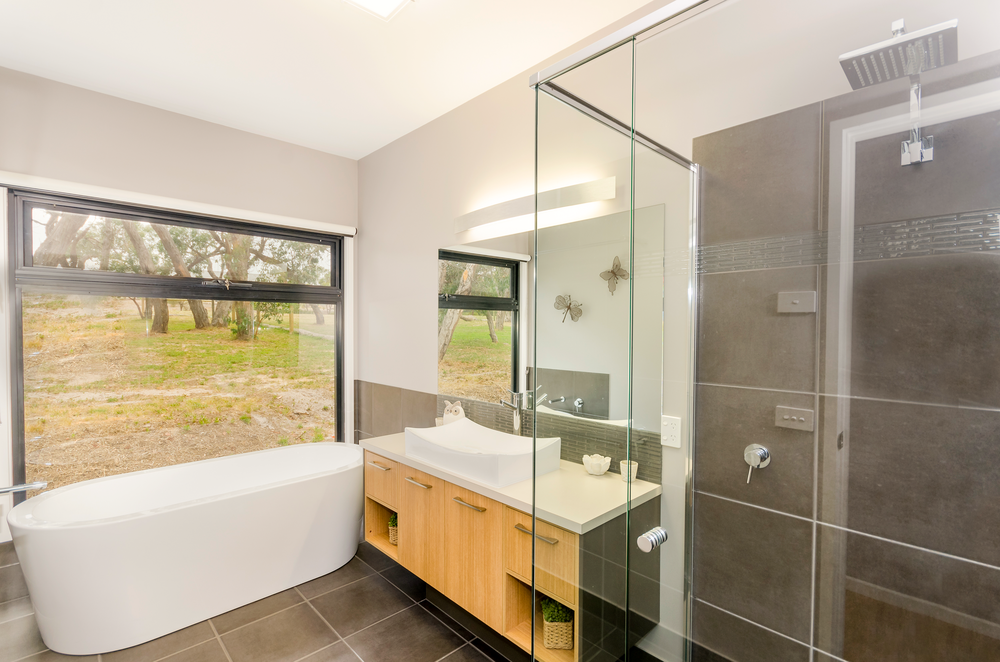 Clarke&Co-Torquay-Acreage-I-Bathroom_Retouched.png