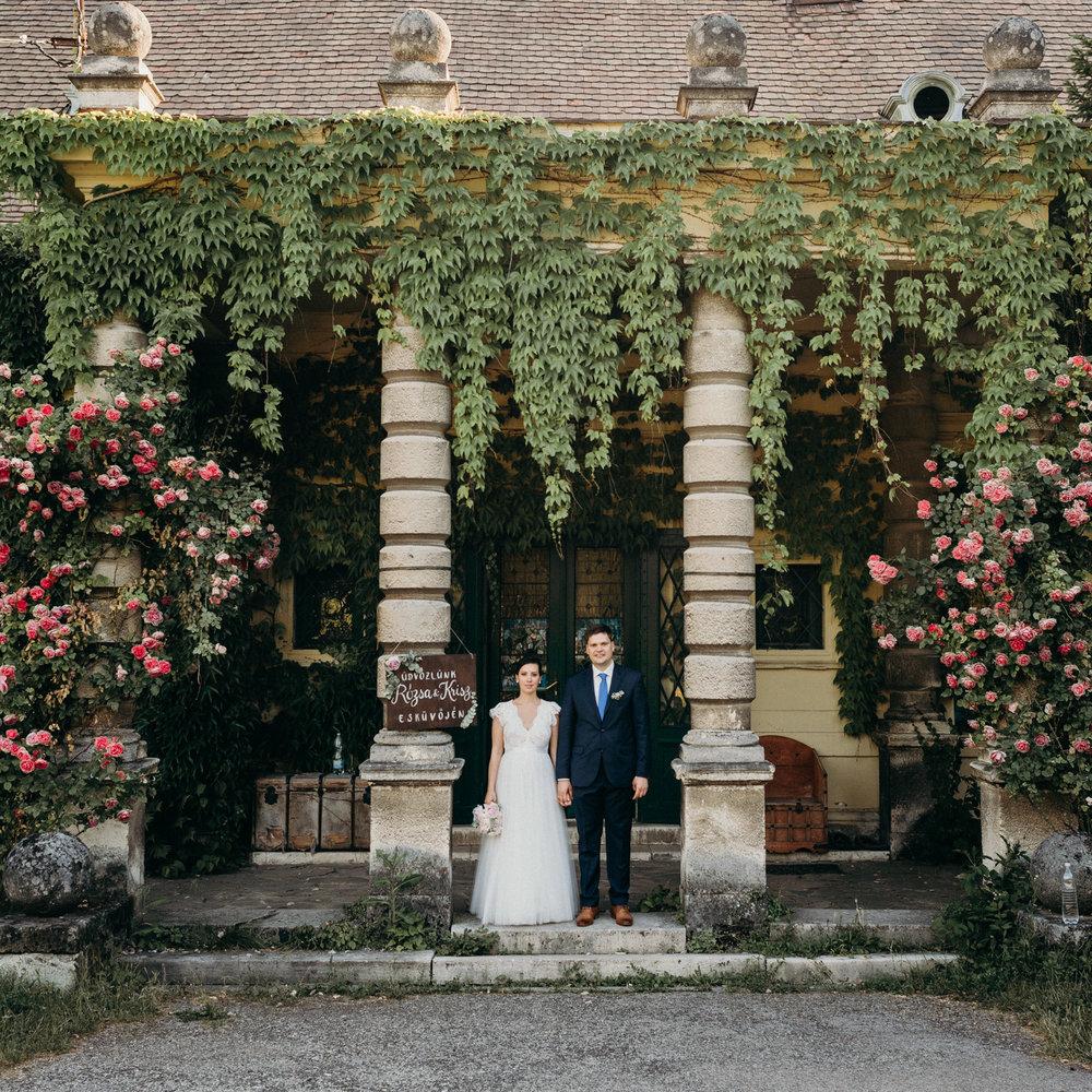 Rózsa és Krisz - romantikus kastélykerti esküvő