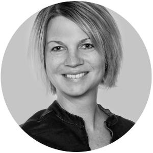 Johanna Kristensson    är leg. logoped med uppdrag som språk-, läs- och skrivutvecklande i Halmstads kommun. Hon arbetar även på Oribi i Lund med utveckling av digitalt språk- och rättstavningsstöd. Hennes blogg  Logopeden i skolan  kan du följa på  logopedeniskolan.se  .
