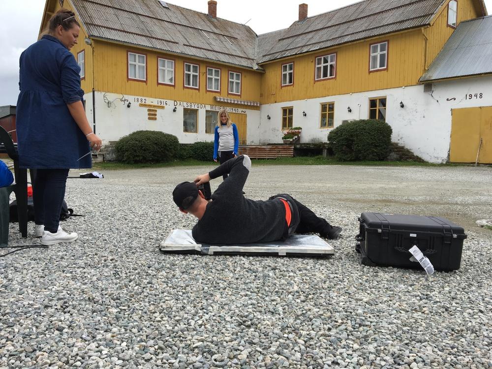 Med Pål Laukli på fotoshoot i Dalsbygda.