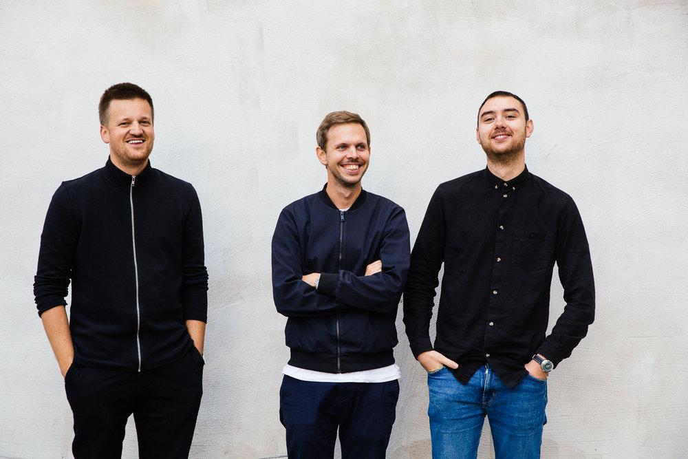 Tre glade gutter. Foto: Samuel John Ditta