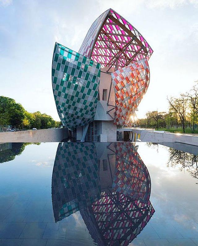 """Observatory of light"" #danielburen #foundationlouisvuitton #flv #innovative #contemporaryart #architecture #colour #stainedglass #installation #creation #glass #art #paris #exhibit #artist #inspire"