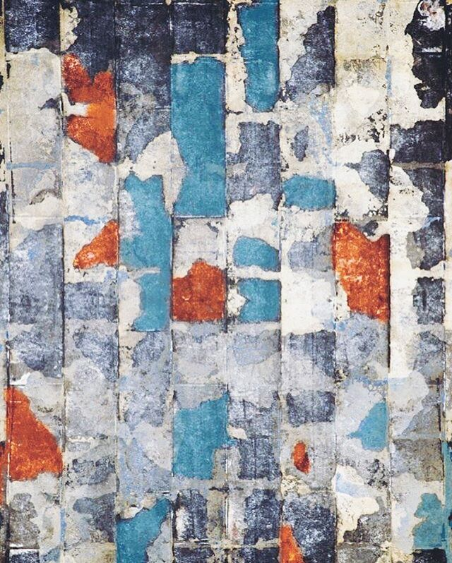 Peeling paint #abstract #artistic #creative #wallart #colorcombination #design #texture #pattern #shapes #style #graphics #visualdesign #cool #monday #inspiration