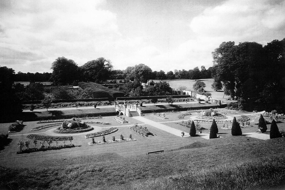 Easton Hall Gardens 1901