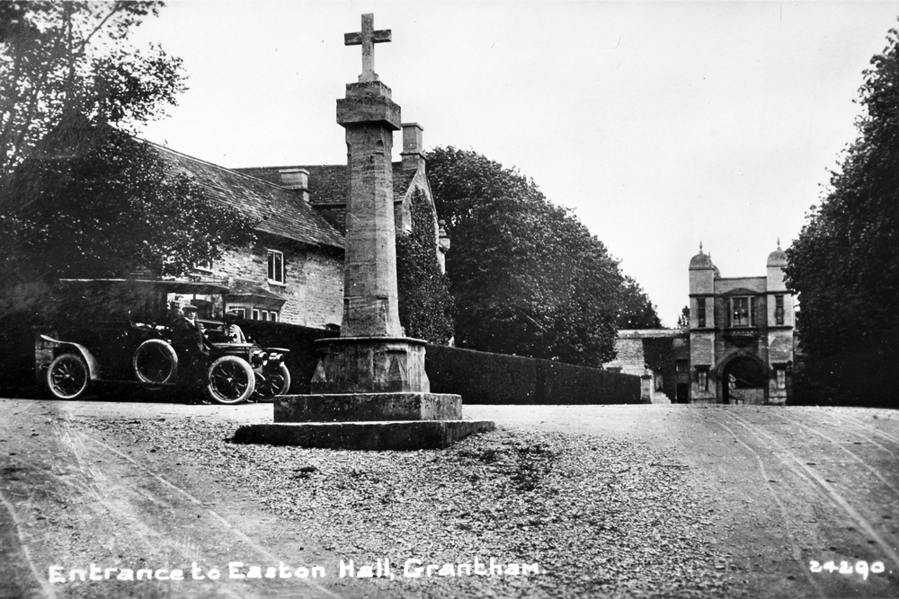 Easton Hall - Cross postcard.JPG