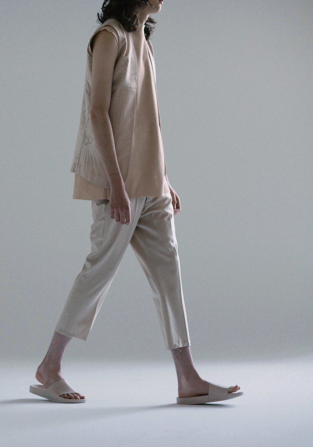 cropped-tailored-trousers-anna-kim-menswear-agoraphobia-collective