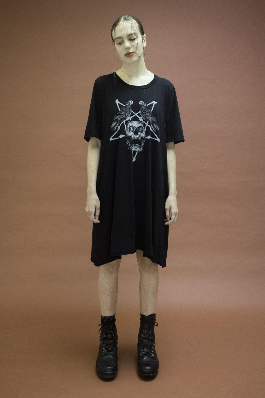jason-lingard-skull-dress-agoraphobia-collective