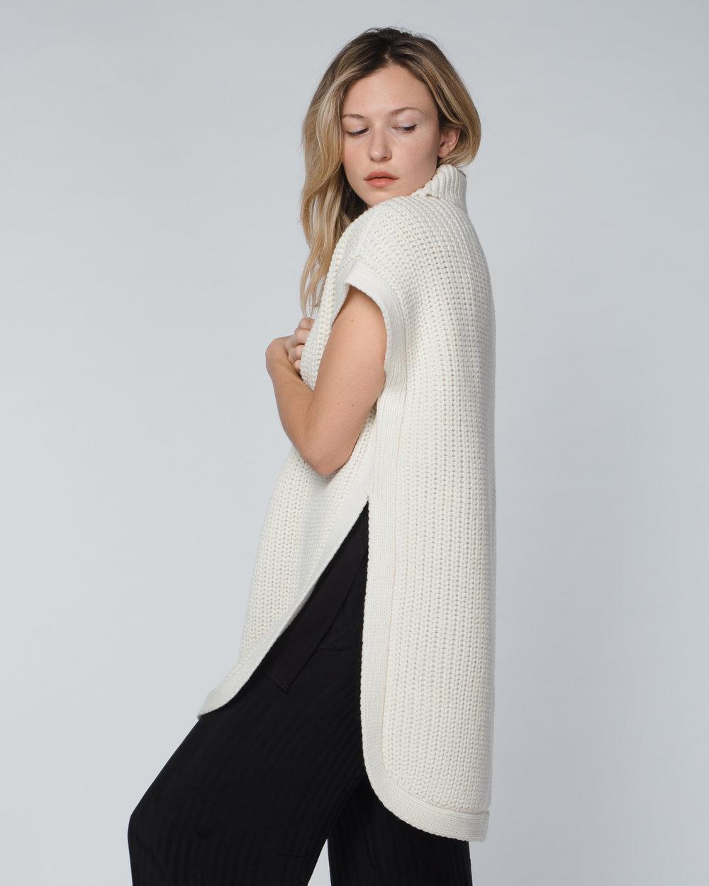 agoraphobia-collective-1x1-sleeveless-turtleneck-sweater-natural-white