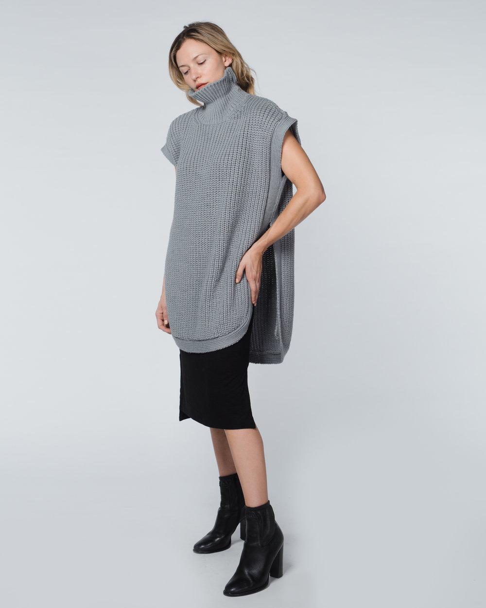 1x1-agoraphobia-sleevless-turtleneck-sweater-sharkskin-gray