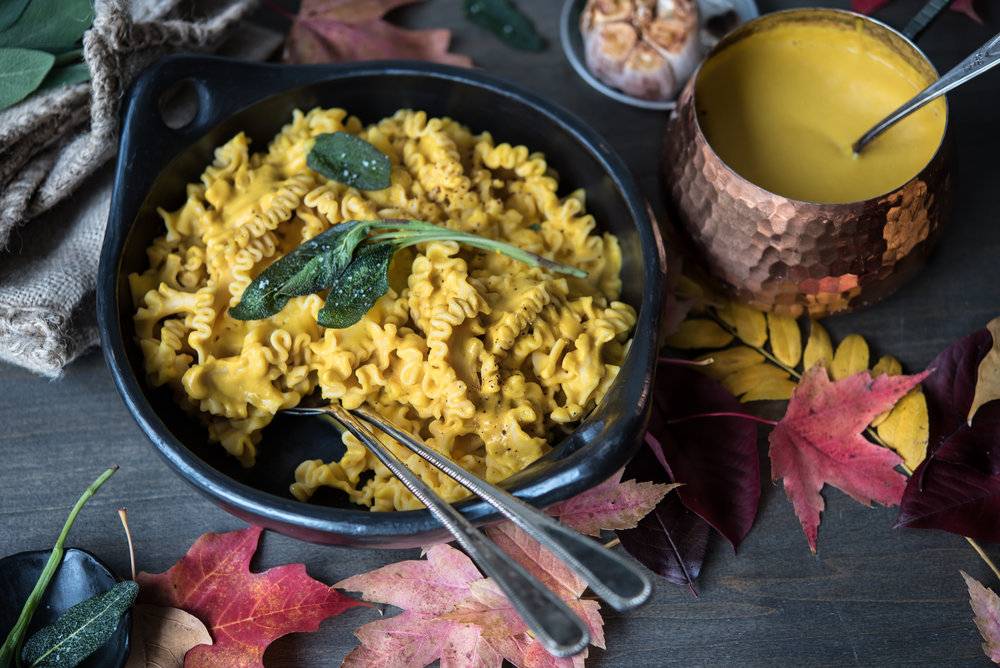 roasted garlic buttercup squash chickpea pasta-8556.jpg
