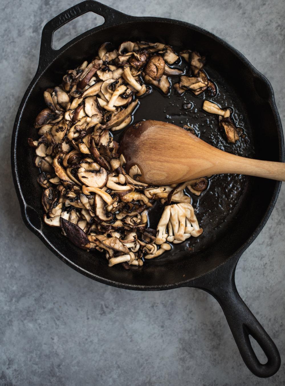 bulgolgi mushroom tofu sandwich kimchi mayo-5656.jpg