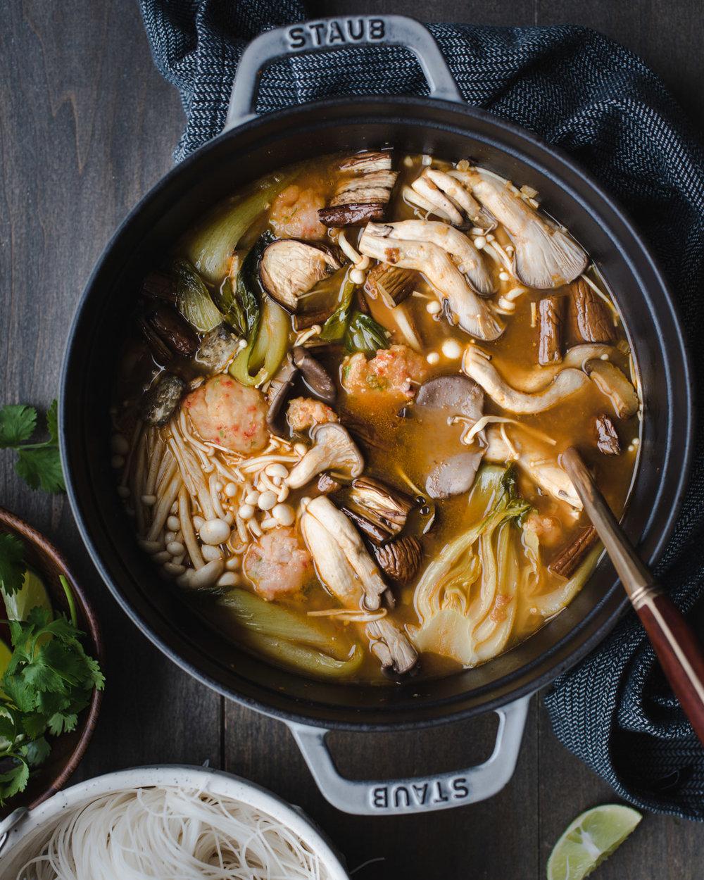 red thai curry noodle soup shrimp balls-7574.jpg