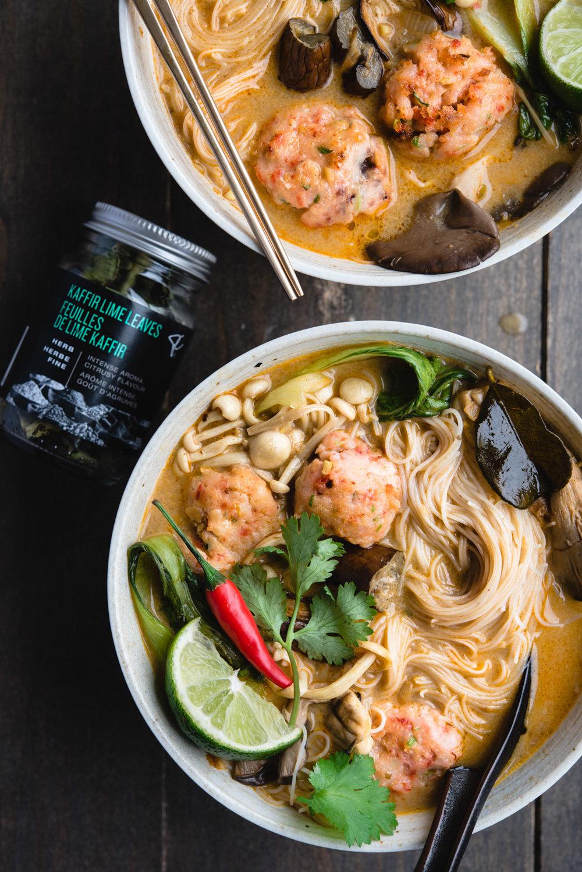 red thai curry noodle soup shrimp balls-7730.jpg