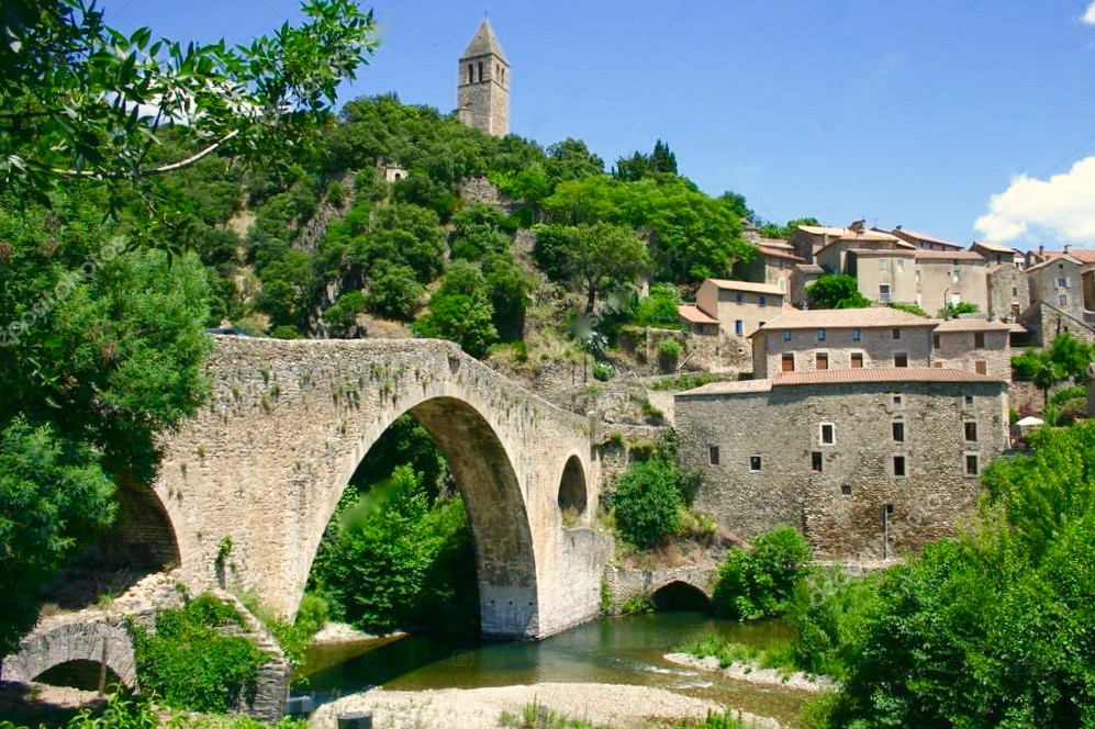 A stroll around the beautiful village of  Olargues 34390