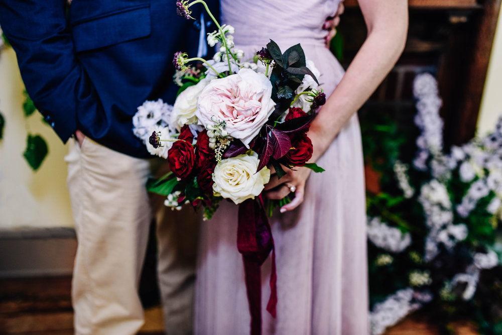 Baltimore_wedding_planner_deep_color_styled_shoot_bouquet_couple_Steel_cut_flower_co