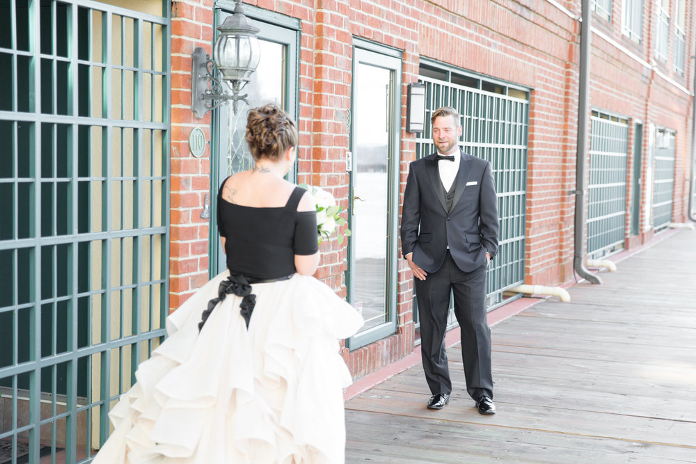 Baltimore_wedding_Admiral_fell_inn_wedding_amy_and_jordan_wedding_enchanting_events_first_look