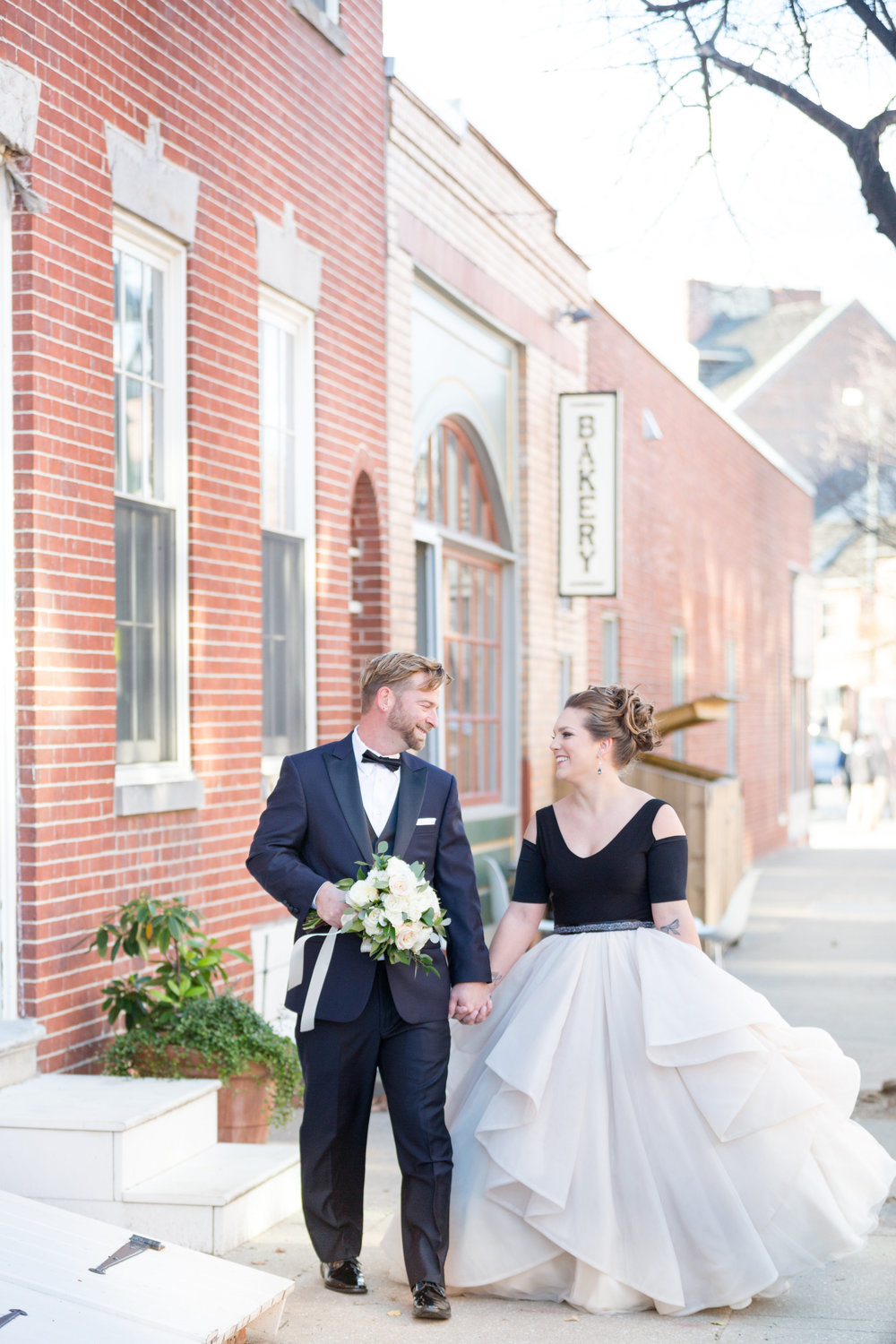 Baltimore_wedding_Admiral_fell_inn_wedding_amy_and_jordan_wedding_enchanting_events_couple