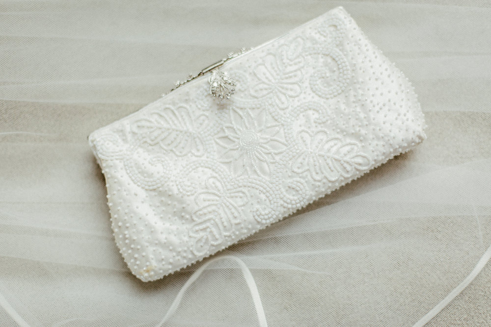 enchanting_events_and_design_baltimore_wedding_planner_clutch