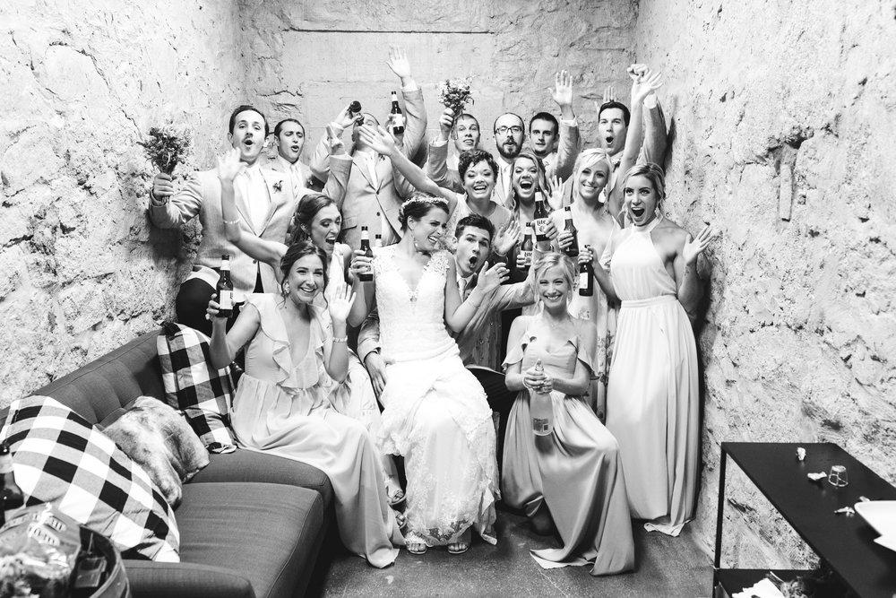 main_street_ballroom_hanna_mink_photography_maryland_wedding_coordinator_bridal_party