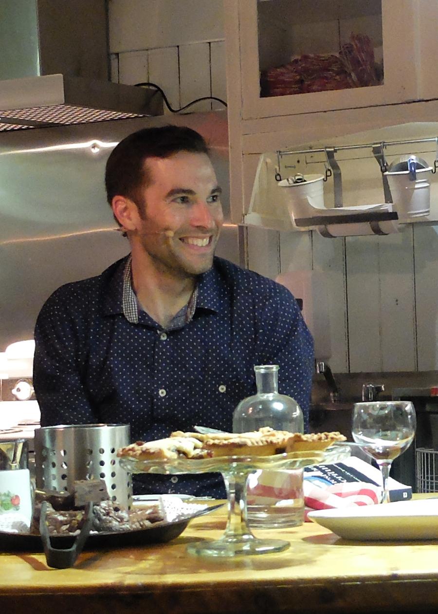 Crédit : Elias Djemil  Tenir cuisine 2015 - Rhizome