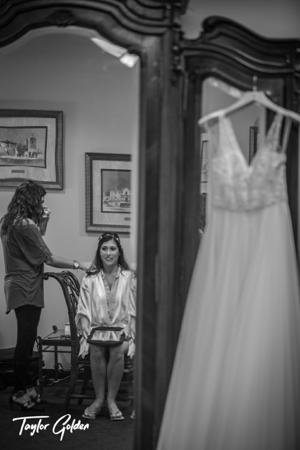 Houston Wedding Photographer Taylor Golden1.jpg