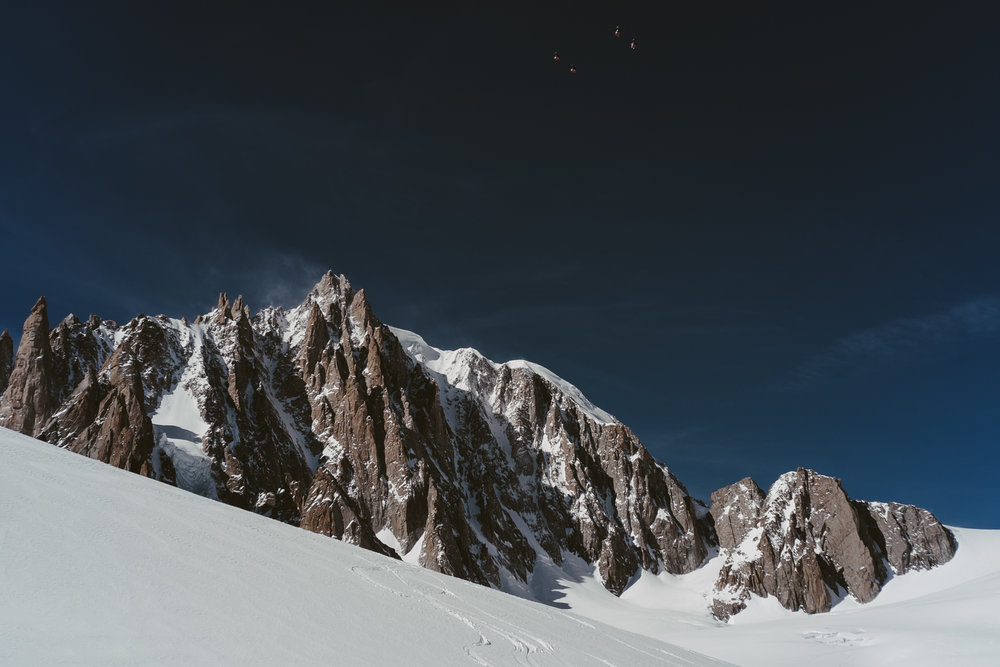 Nos traces, Mont-Blanc du Tacul et télécabine de la Vallée Blanche - CHAMONIX, FRANCE.