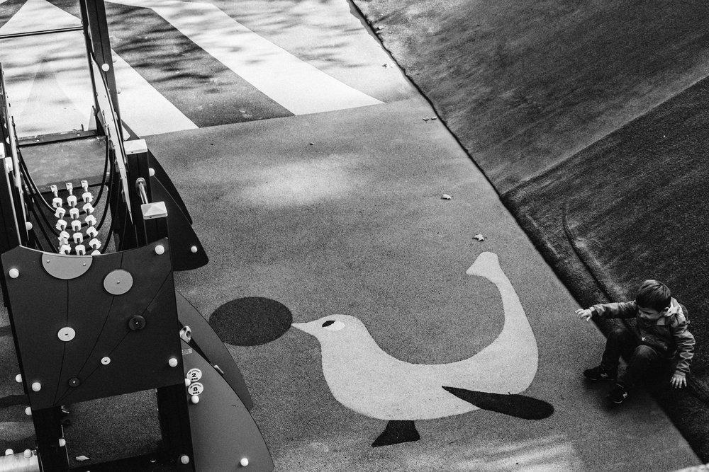 Le terrain de jeux à Montmartre, Paris. 2016