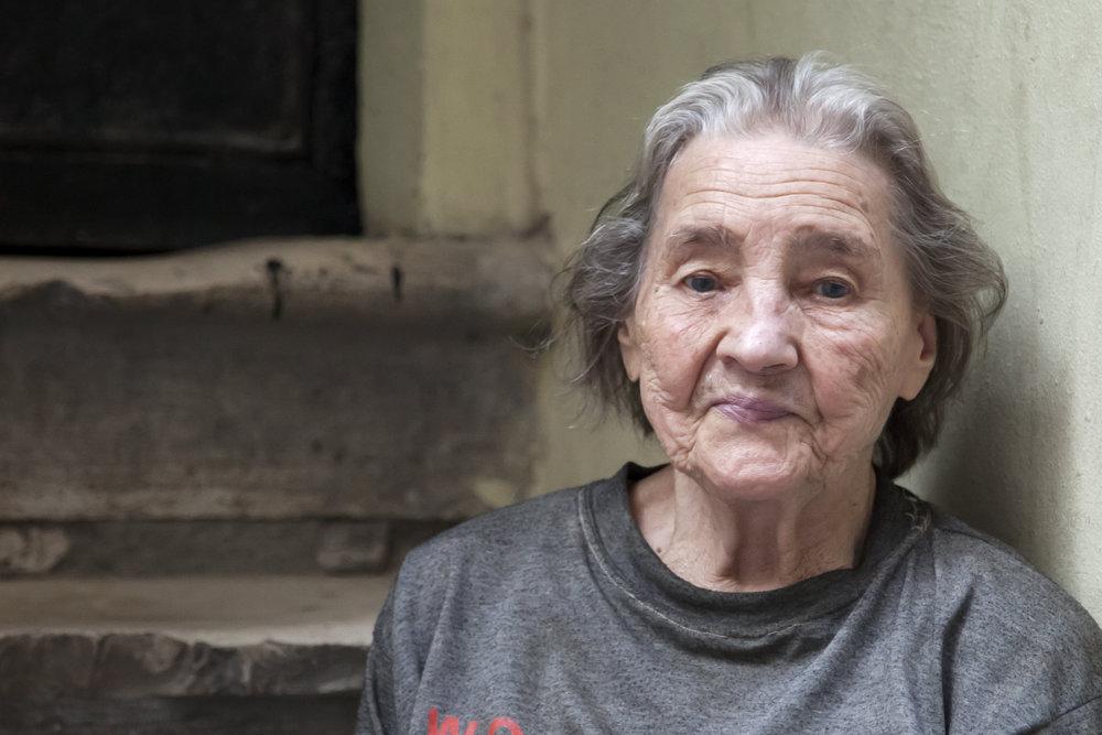 homelesswoman.jpg