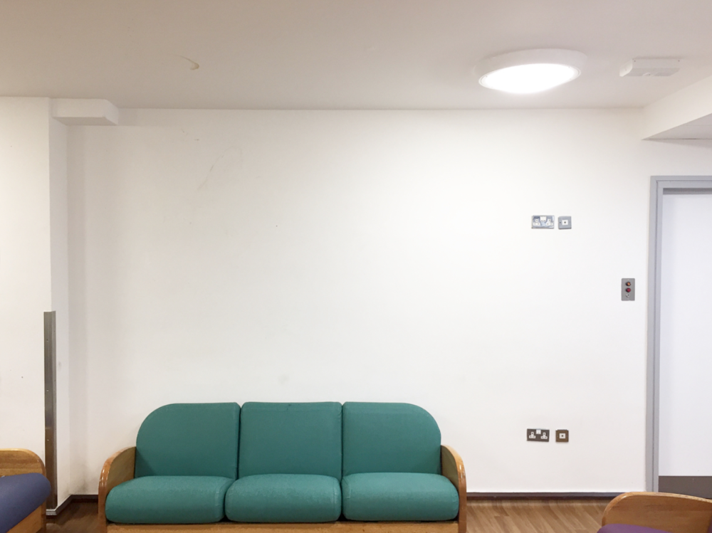 The Main Sitting Area at Eileen Skellern 1, before its transformation by artist Tamsin Relly.