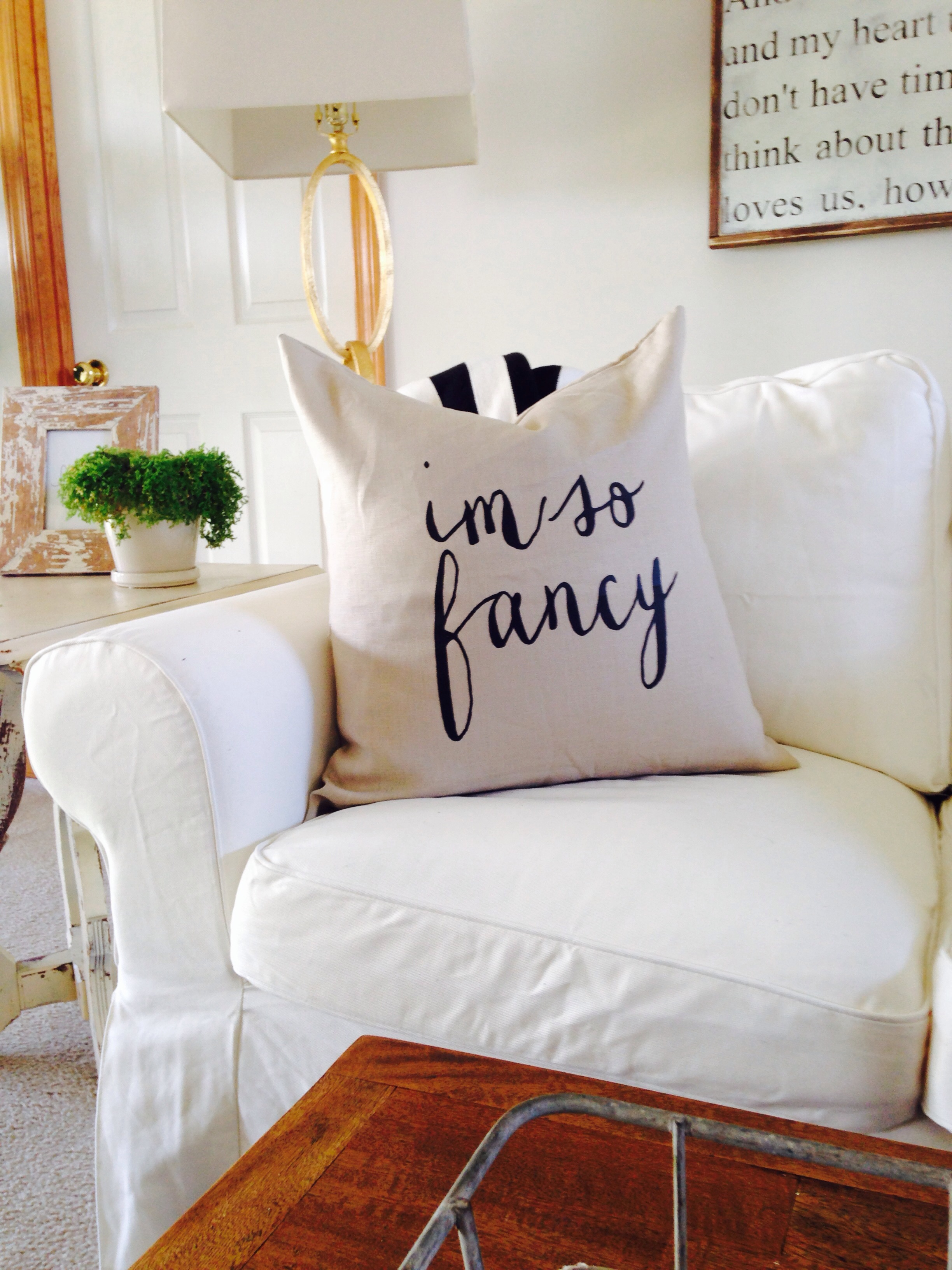 "house of belonging's 'i'm so fancy' 22"" x 22"" linen and down pillow"