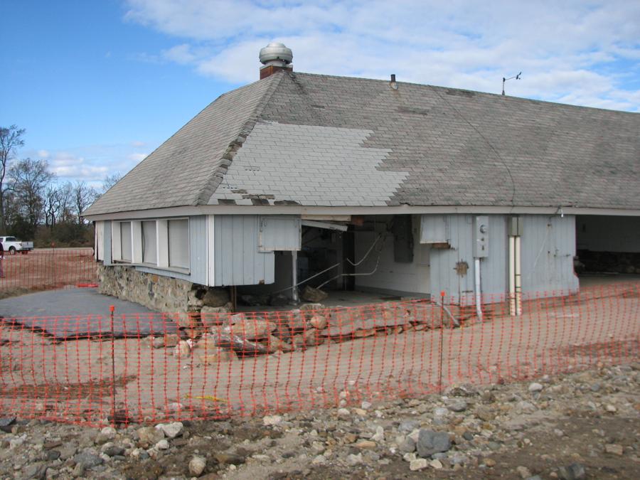 gateway-barn-10.png