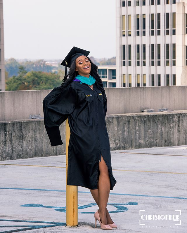 Graduation Szn with @karlissea.sierra . . . . . #panafrican #hbcunation  #melanin #blackisbeautiful #malcolmx #blacklove #melaninonfleek #hbcugrad #blackyouth  #blackgirlsrock #blackpower #teamnatural #naturalhair #kinkyhair #melaninpoppin  #hbculove #teammelanin #locstyles  #blackqueens #d9 #hbcupride #problack #locs #thehbcuapp #hbcu #twa #deltasigmatheta