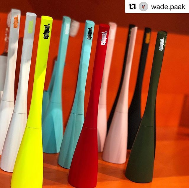 #Repost @wade.paak with @get_repost ・・・ inspiring colors ⚡️🔥 #2018KCONLA #EPIQUAL #DesignToothbrush #OralBeauty