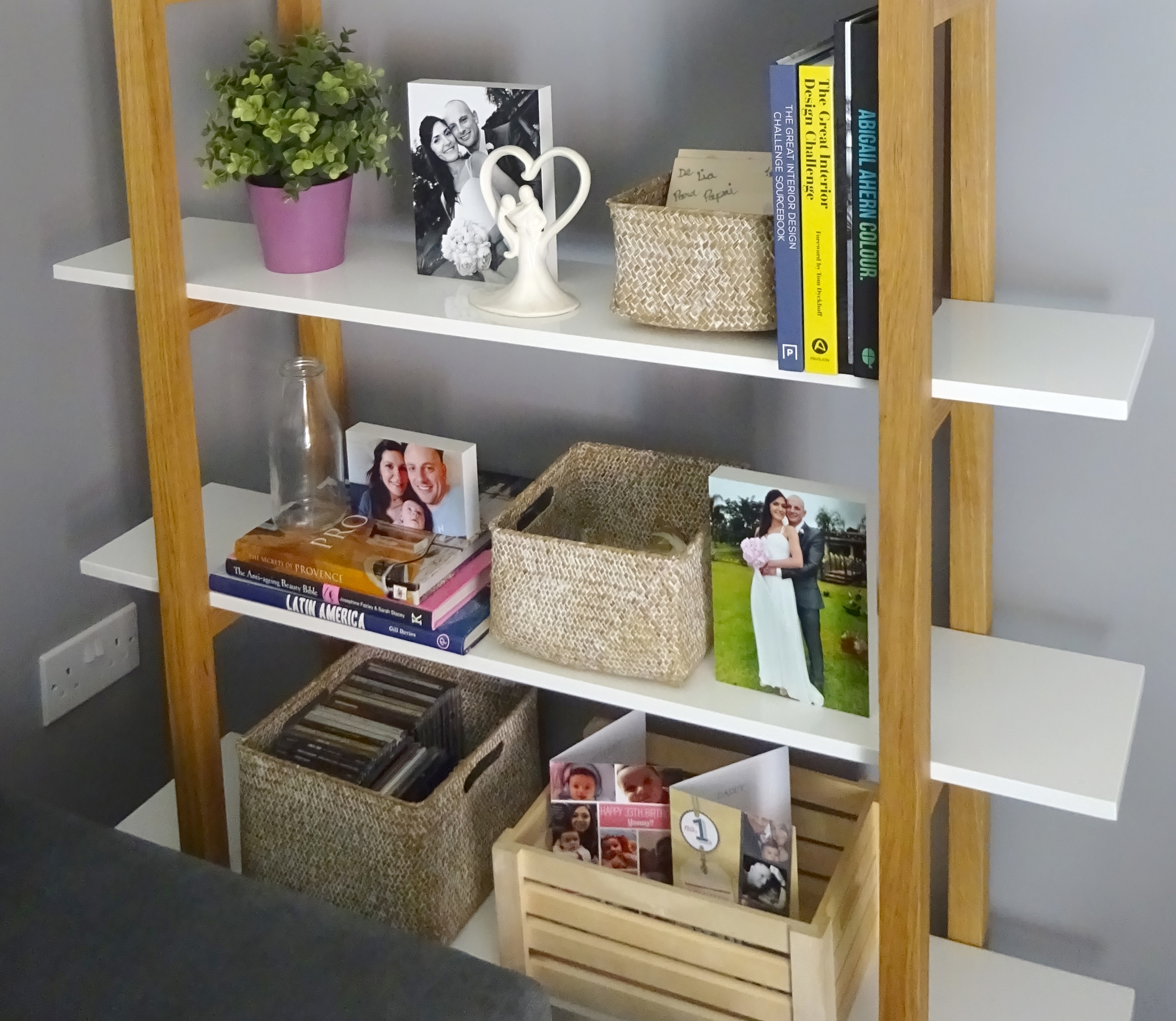 storage baskets bookshelf blog