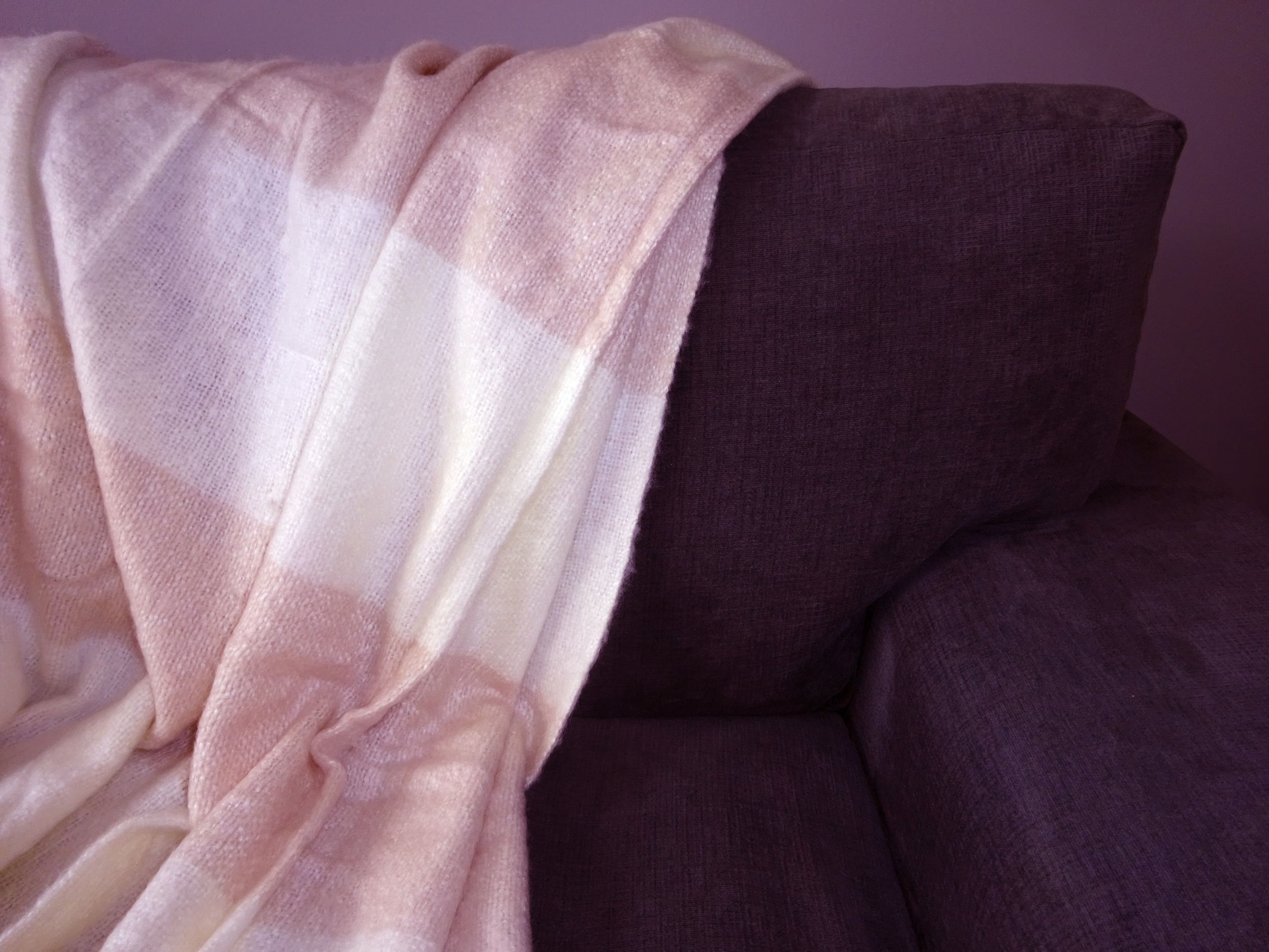 navy pink throw