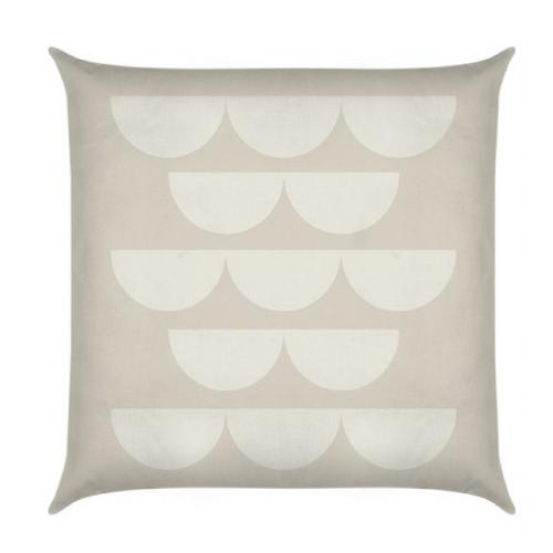 Quant Putty Petal Cushion