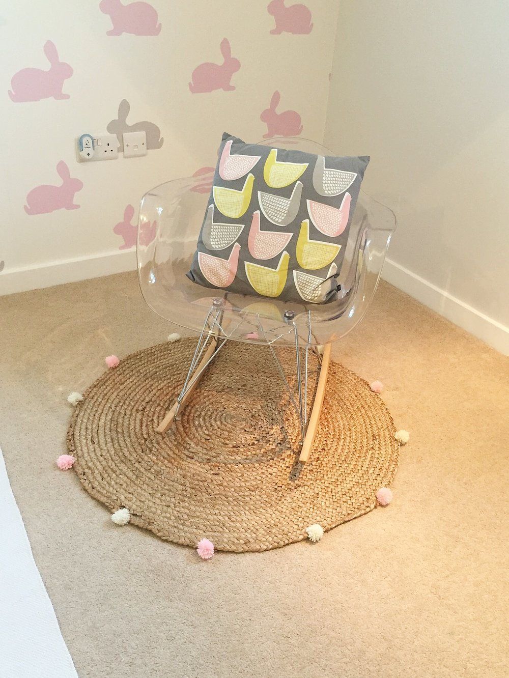 round jute rug with pompoms diy kids