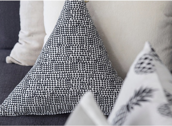 Cairo Triangle Cushion