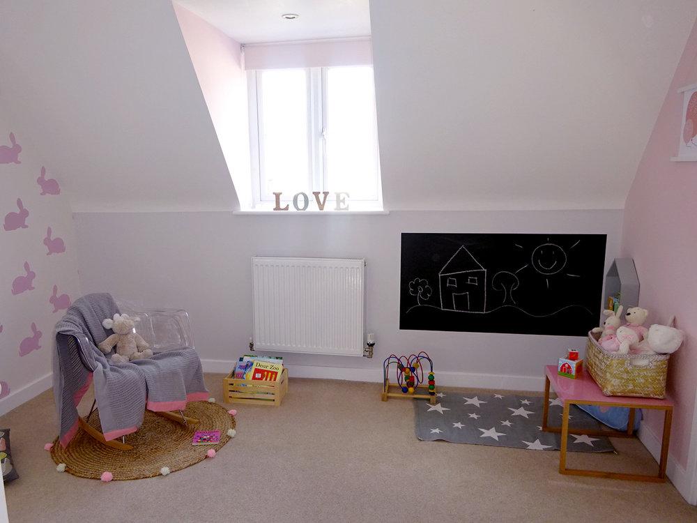 play corner girls bedroom