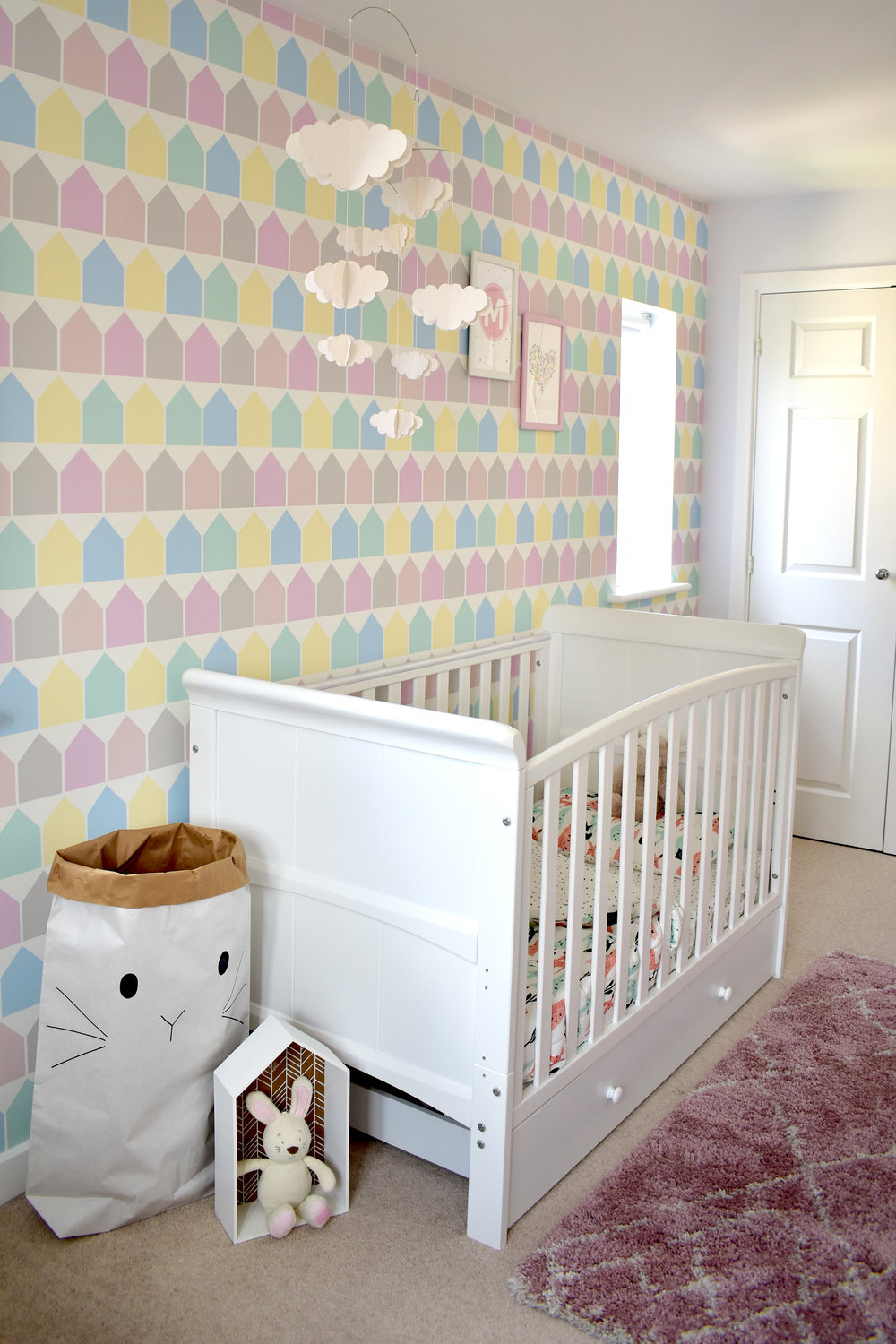 nursery beach huts wallpaper