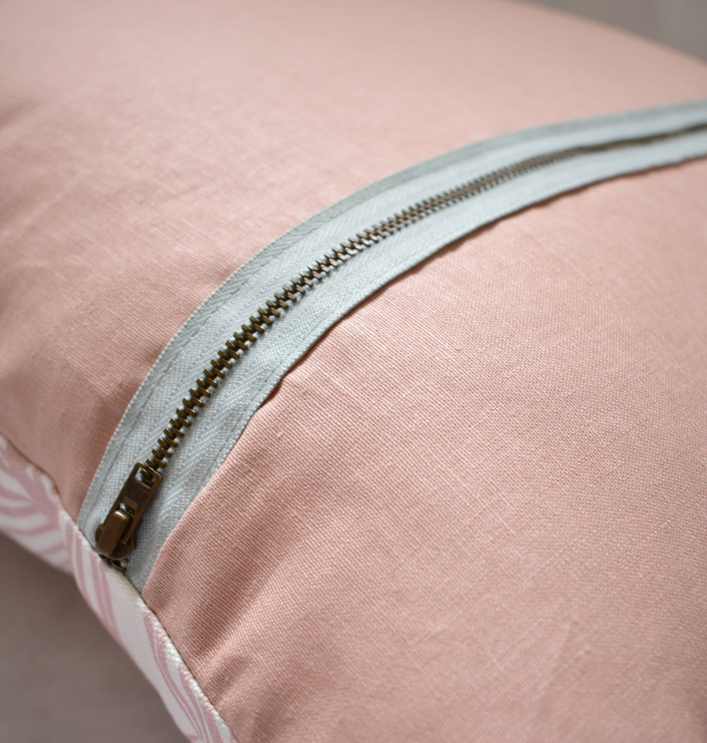 palm leaf cushion zip detail.jpg
