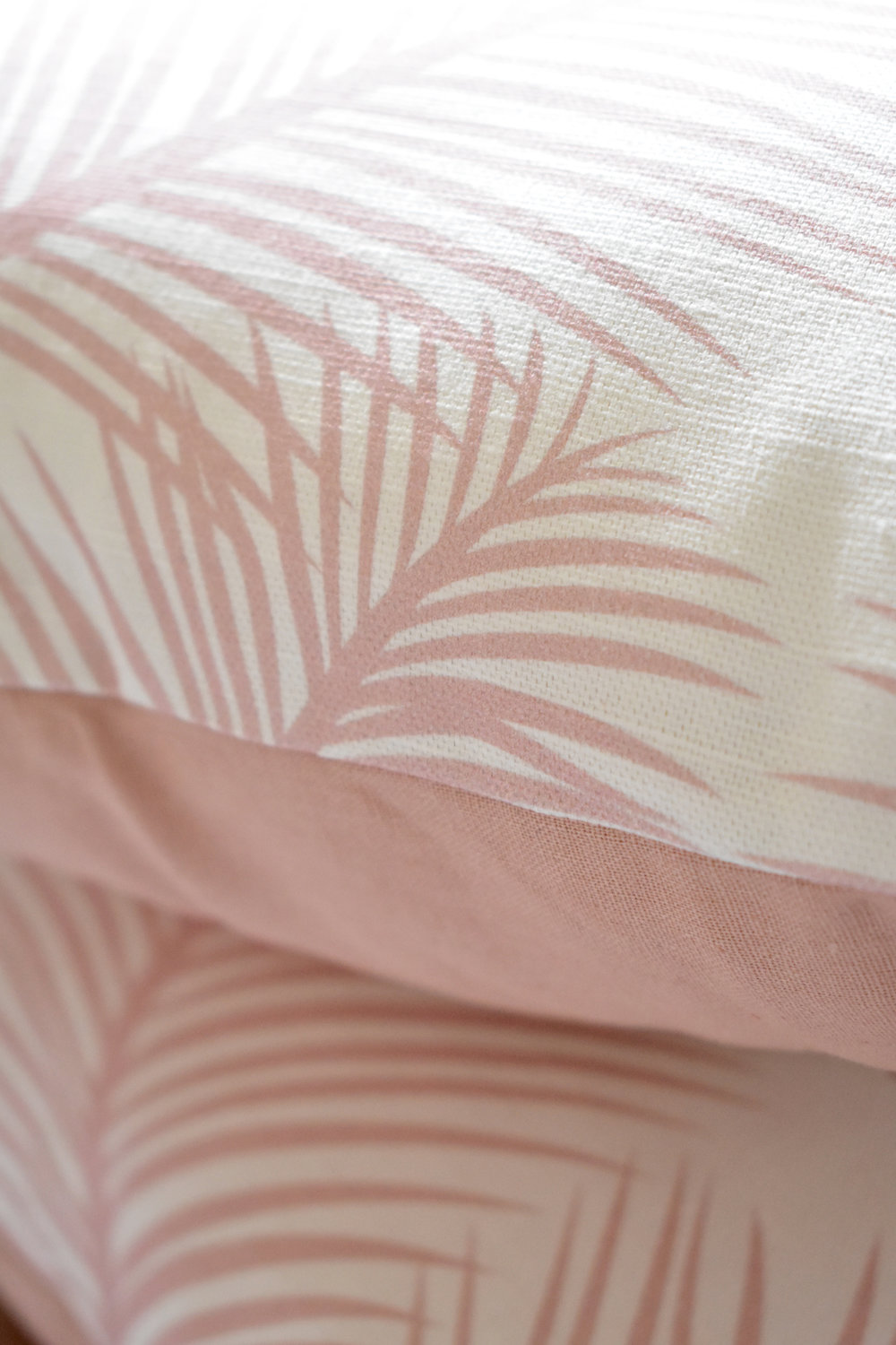 palm leaf cushion detail 2.jpg