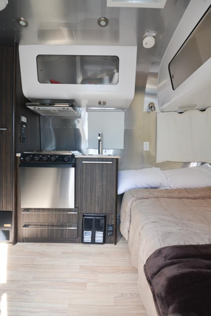 Elite RV Airstream Rental 19 International Signature (14 of 16).jpg