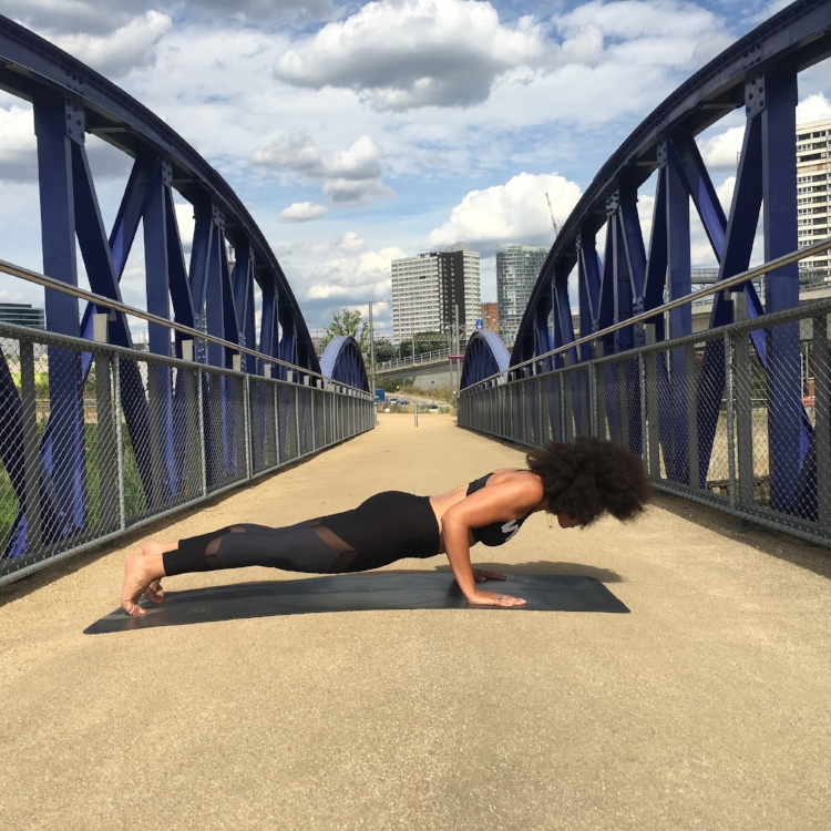 YOGA HALF PUSH UP CHATURANGA