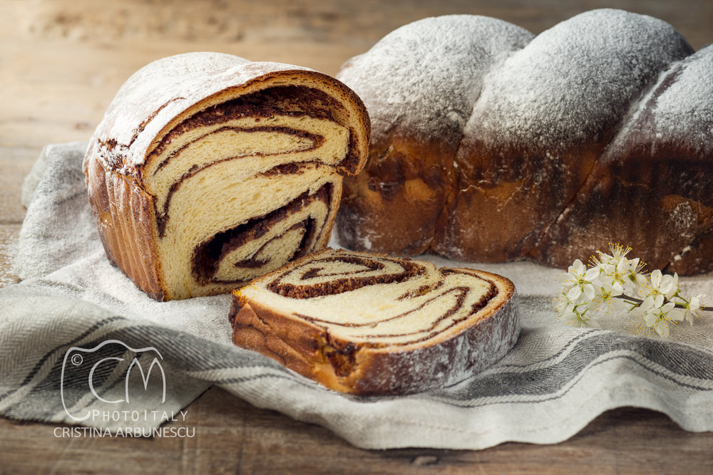 Cozonac, Romanian traditional Sponge Cake