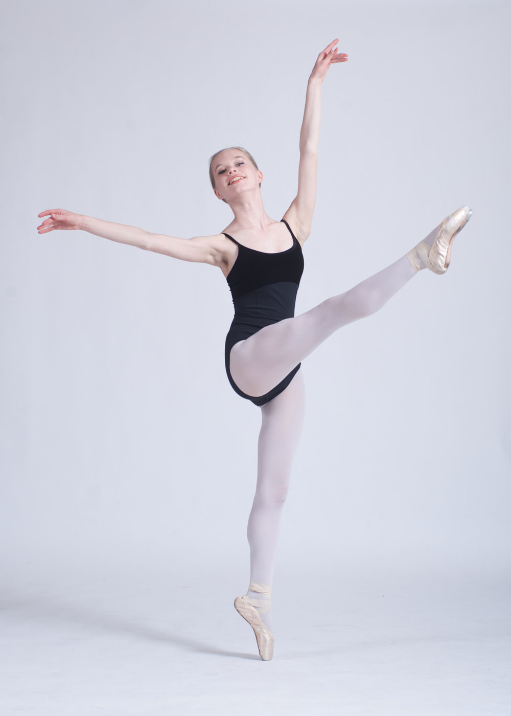 Anna Baerg-13 JR.CO. HPP 1 Dancer 5549 - Version 2.jpg